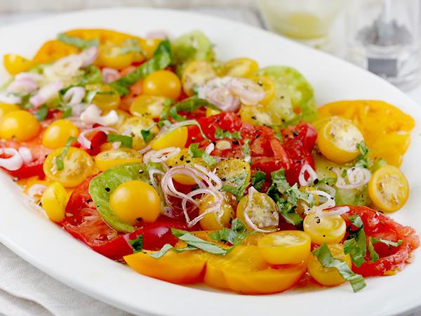 Recipes_Heirloom-Tomatoes-Salad